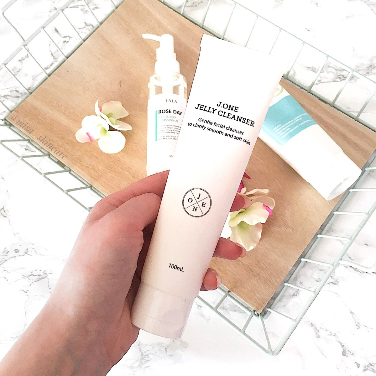 Review J.ONE Jelly Cleanser